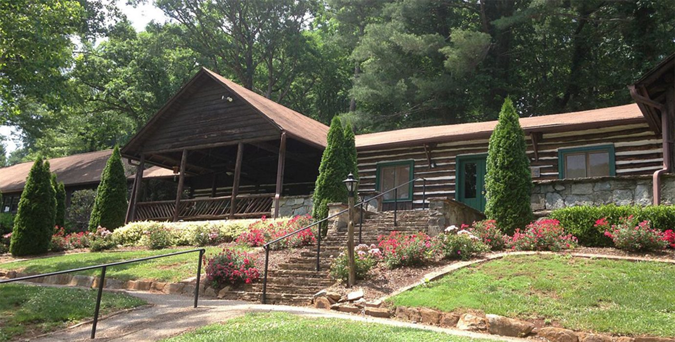 Tryon-Country-Club-Lodge